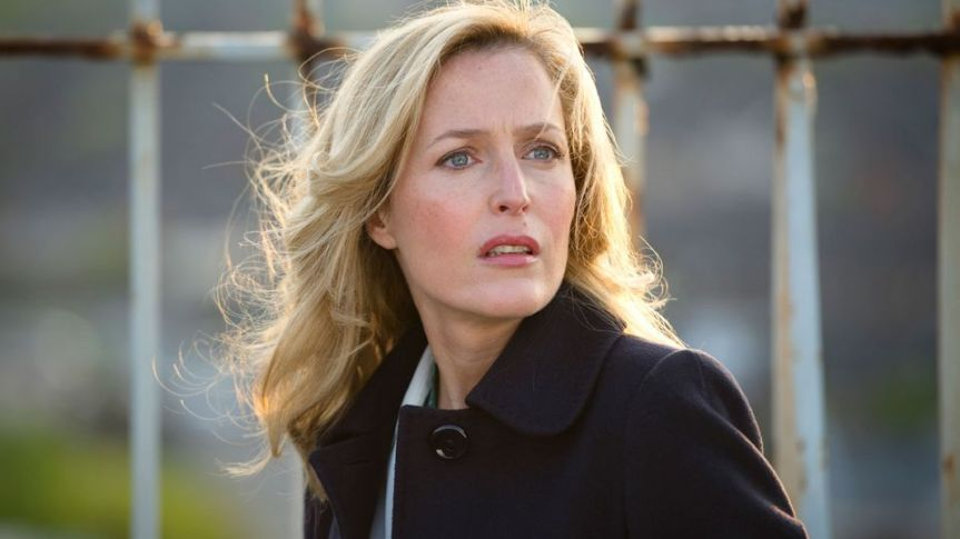 gillian-anderson-as-stella-in-the-fall
