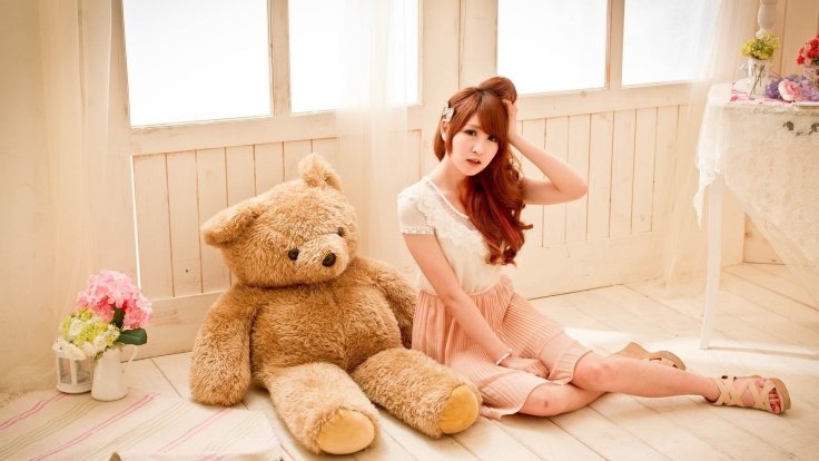 woman-teddy-bear