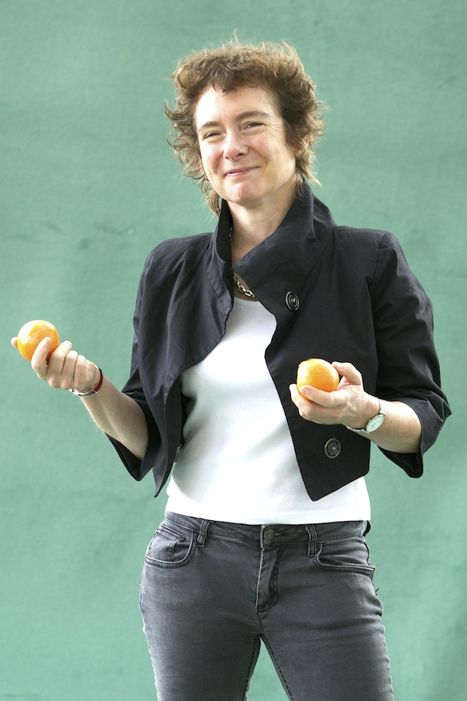 jeanette winterson oranges are not the only fruit 3