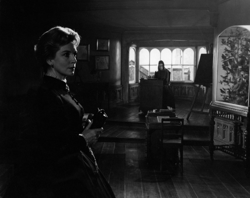 innocents-the-1961-deborah-kerr- haunted houses movies