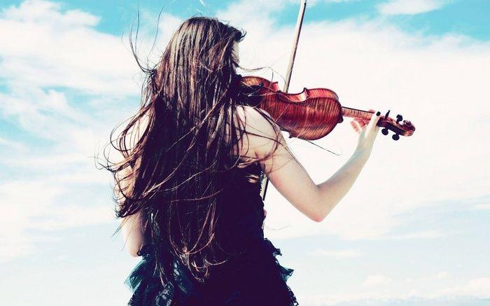 juliet brunette violist